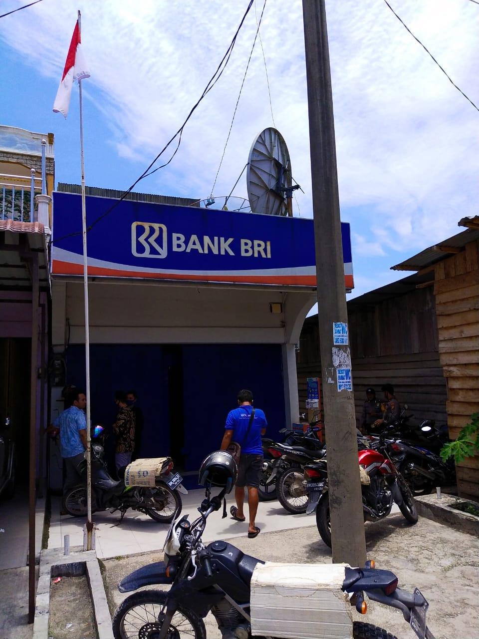 BRI Unit Sebangar Dirampok, Pegawai Bank Ditodong  Senpi, 2 Tas Uang Dibawa Kabur