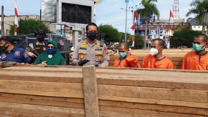 4 Pengangkut Kayu Ilegal di Dumai Diamankan, Pemilik Masih DPO